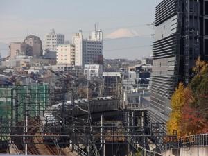 お天気がよく、紅葉と富士山がきれいでした。
