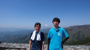 三ノ塔にて。今日は常に富士山を見ることが出来ます。